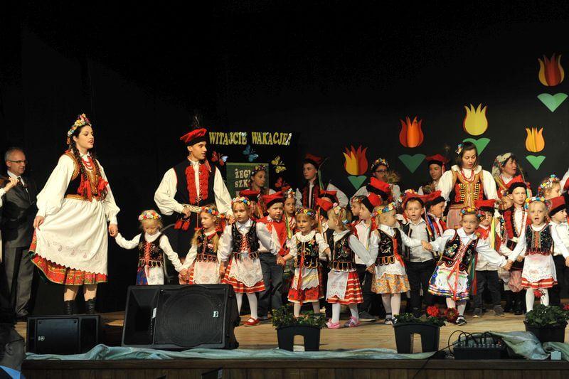 gminne zakończenie roku szkolnego w Mietniowie Pawlikowicach