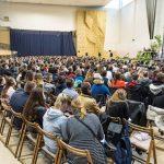 Spotkanie młodych Wspólnoty Sant' Egidio na Campus Misericordiae z Artur Kozioł i kard. Stanisław Dziwisz
