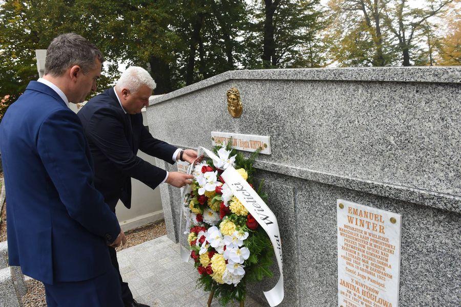 Odnowienie grobowca Emanuela Wintera