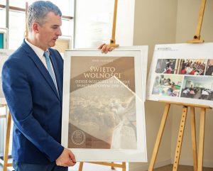 Święto Wolności - Dzieje Wieliczki w okresie samorządowym 1990-2018