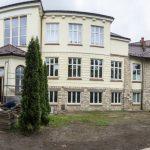 Odnowiony budynek Szkoły Podstawowej nr 1 w Wieliczce - Artur Kozioł