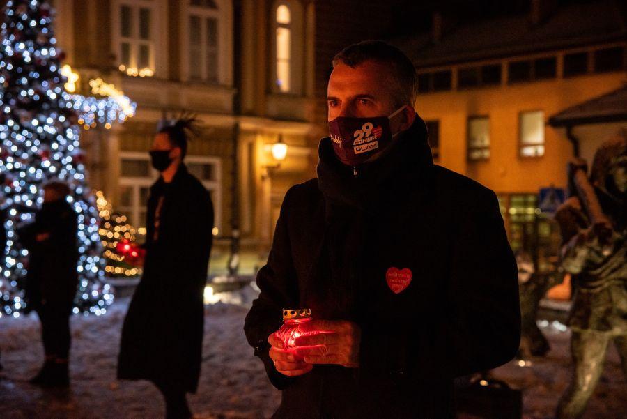 światełko dla Pawła Adamowicza, Wieliczka 2021, Gdańsk 2019