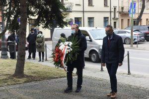 """Narodowy Dzień Pamięci """"Żołnierzy Wyklętych"""" w Wieliczce, Pomnik Odrodzenia Polski na wielickich plantach"""