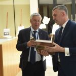 spotkanie konsultacyjne, opieka medyczna w Wieliczce Artur Kozioł, Mediateka